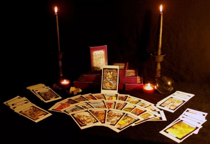 Как с помощью игральных карт наладить романтические отношения